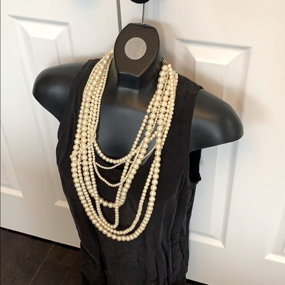 Layered and full faux pearl necklaces gold clasp